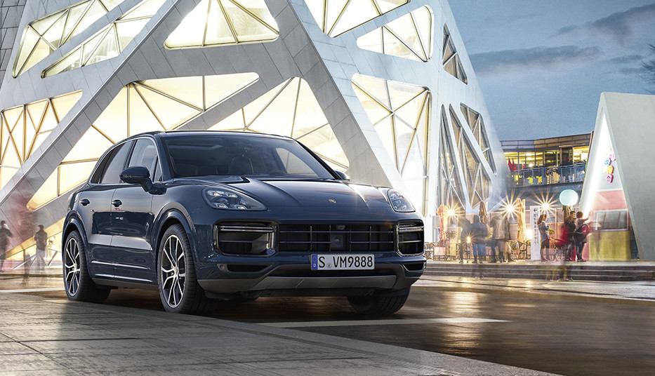 「The new Cayenne JOURNALページ」のご案内。