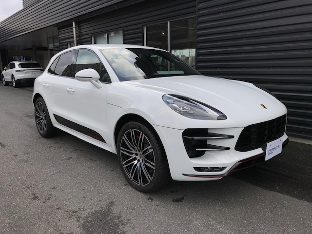 2018 Macan Turbo Exclusive Performance Edition PDK RHD