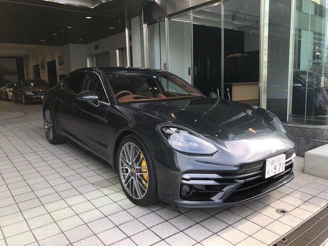 NEW Panamera Turbo S