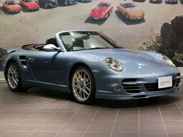 MY11 911 Turbo S Cabriolet 【S19-0403S】