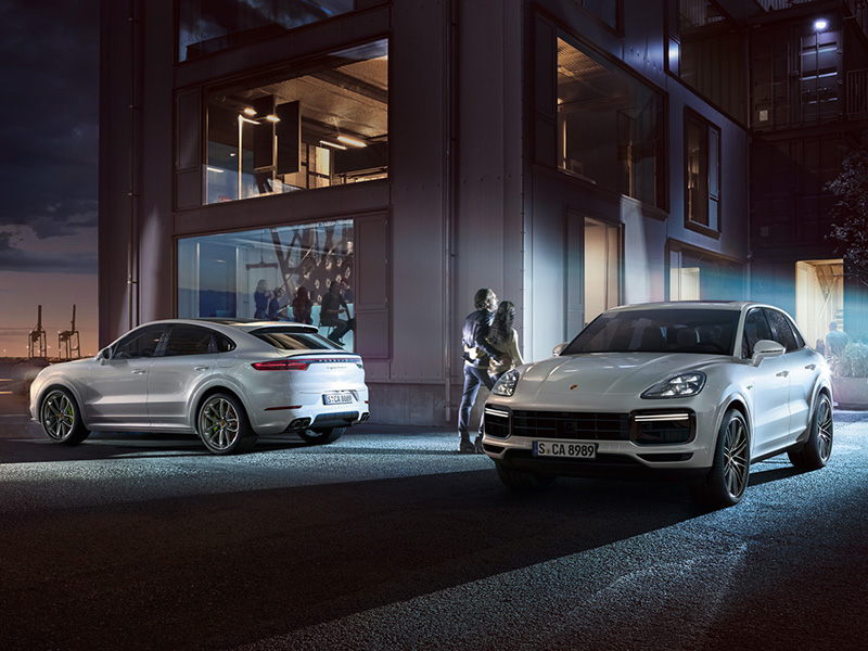 「The Brand New Cayenne Collection」のご案内